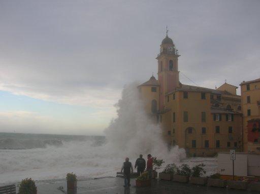 Foto Mareggiata Liguria