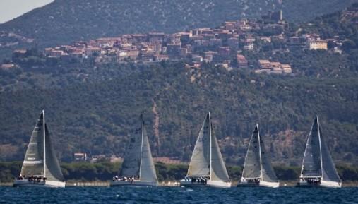 Gli Steiner X-Yachts in regata alla Marina di Scarlino - Foto C. Borlenghi